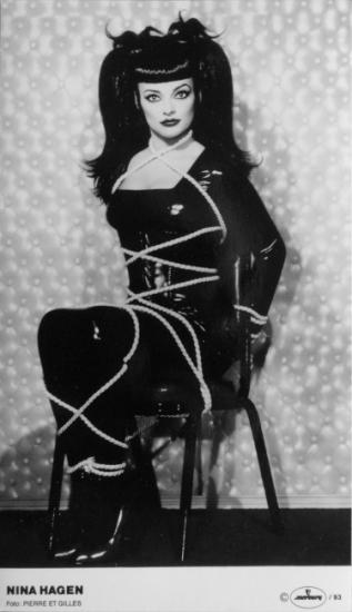 1993 photo promo presse Nina Hagen 'Revolution ballroom' 2
