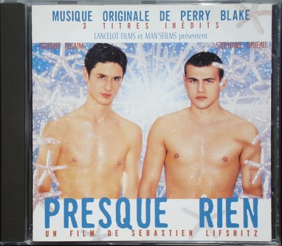Perry Blake: bo Presque rien, 2000